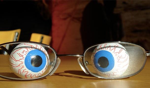 Ochi incrucisati
