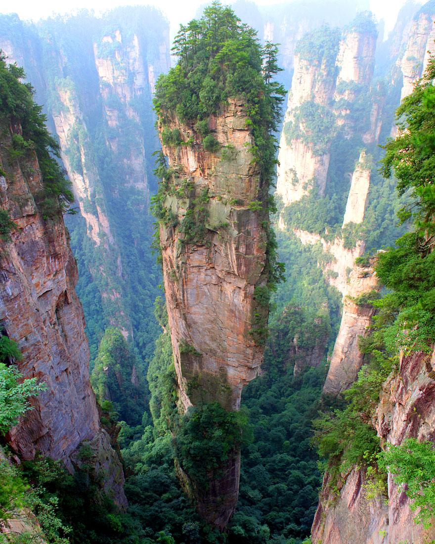 Muntii Tianzi, China
