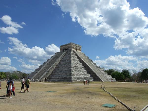 Piramida