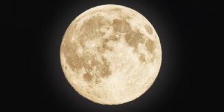 Varsta lunei