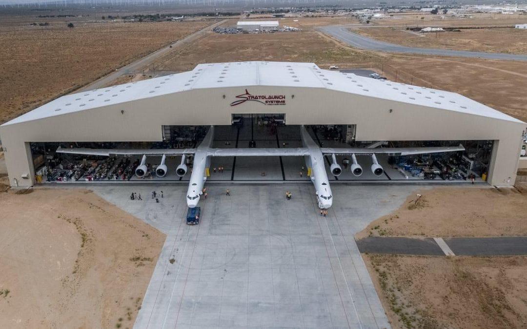 cel-mai-mare-avion-din-lume-1