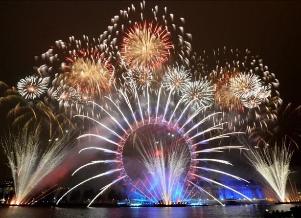 cele mai fenomenale spectacole de artificii din lume londra anglia