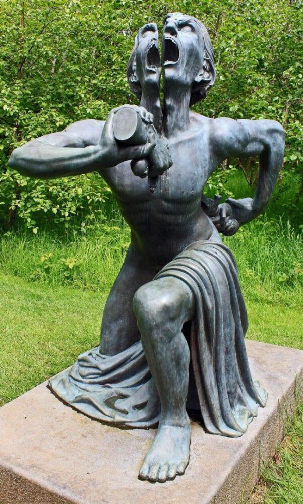 sculpturi ce sunt interesante si infricosatoare in acelasi timp victor's way park irlanda