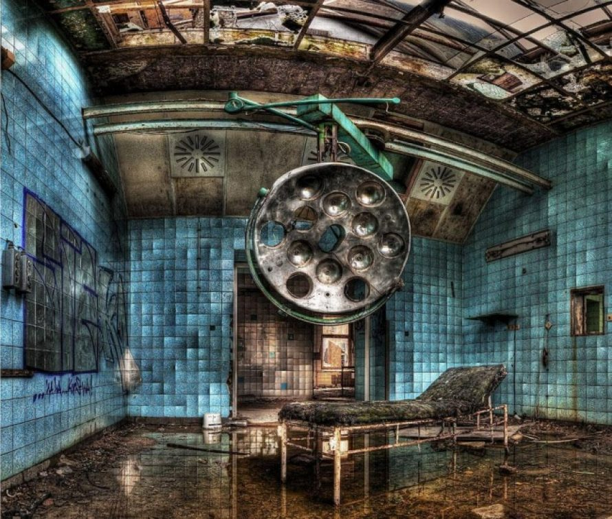 5 cladiri abandonate infricosatoare