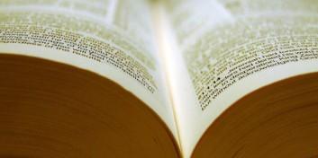25 de lucruri normale pe care Biblia le interzice dar noi le facem