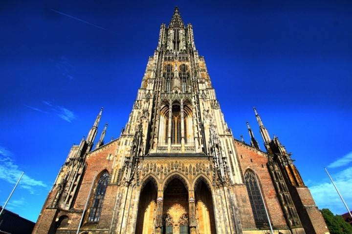 cea mai inalta biserica din lume